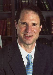 This image has an empty alt attribute; its file name is Ron-Wyden-Photo.jpg